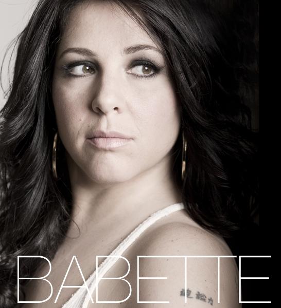 Babette labeij, single
